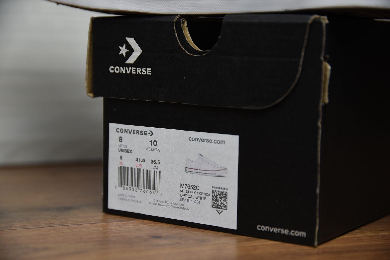 Oryginalne pudełko Converse etykieta