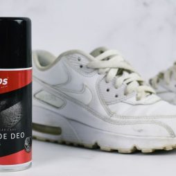 jak usunąć przykry zapach z butów